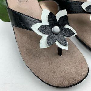 Life Stride Shoes - Life Stride Flower Sandals 7.5